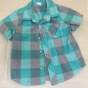 Old Navy check button down shirt